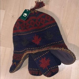 ROOTS Toque and mittens for baby set 0-12 months
